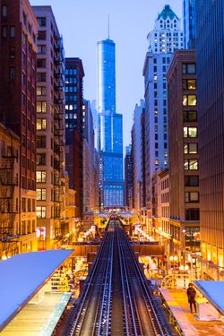 Trump Tower as seen from the Chicago El copy.jpg